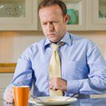 Боль в желудке после еды: причины, лечение